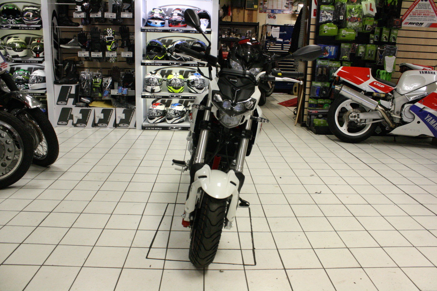 Benelli TNT 125 125cc Red / White / Black