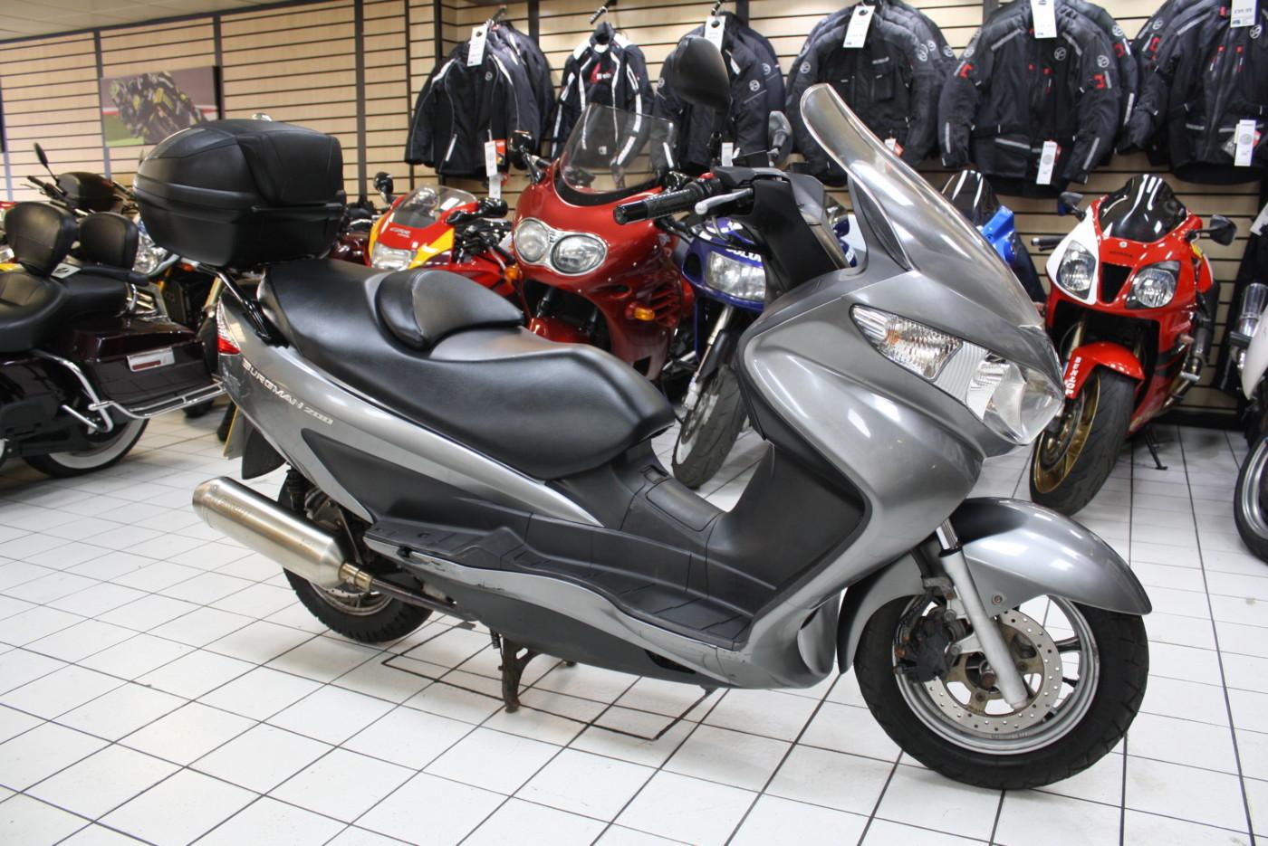 Suzuki UH200 200cc