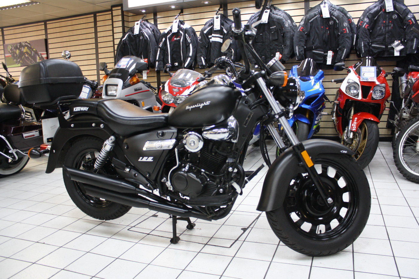 Keeway Superlight Black Custom 125cc