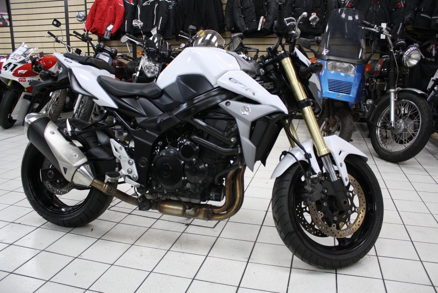 Suzuki GSR750 L5 2015 White